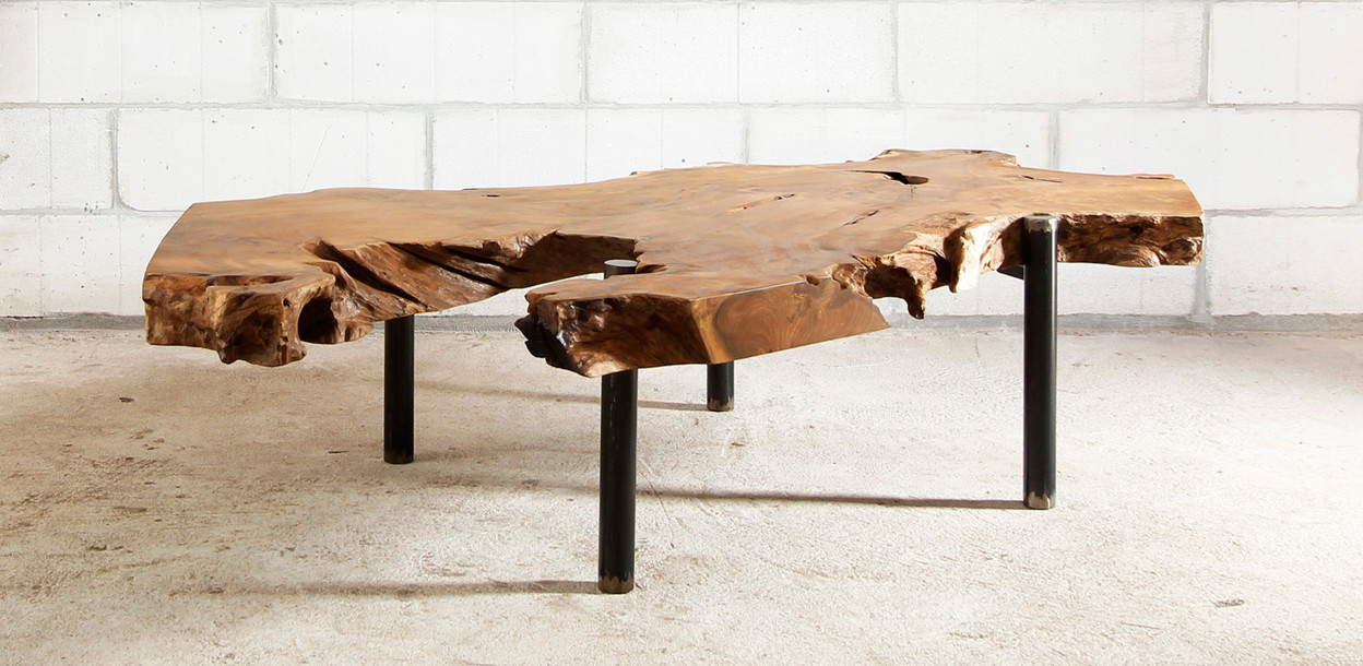 DAGON - Coffee Table ph.2.jpg