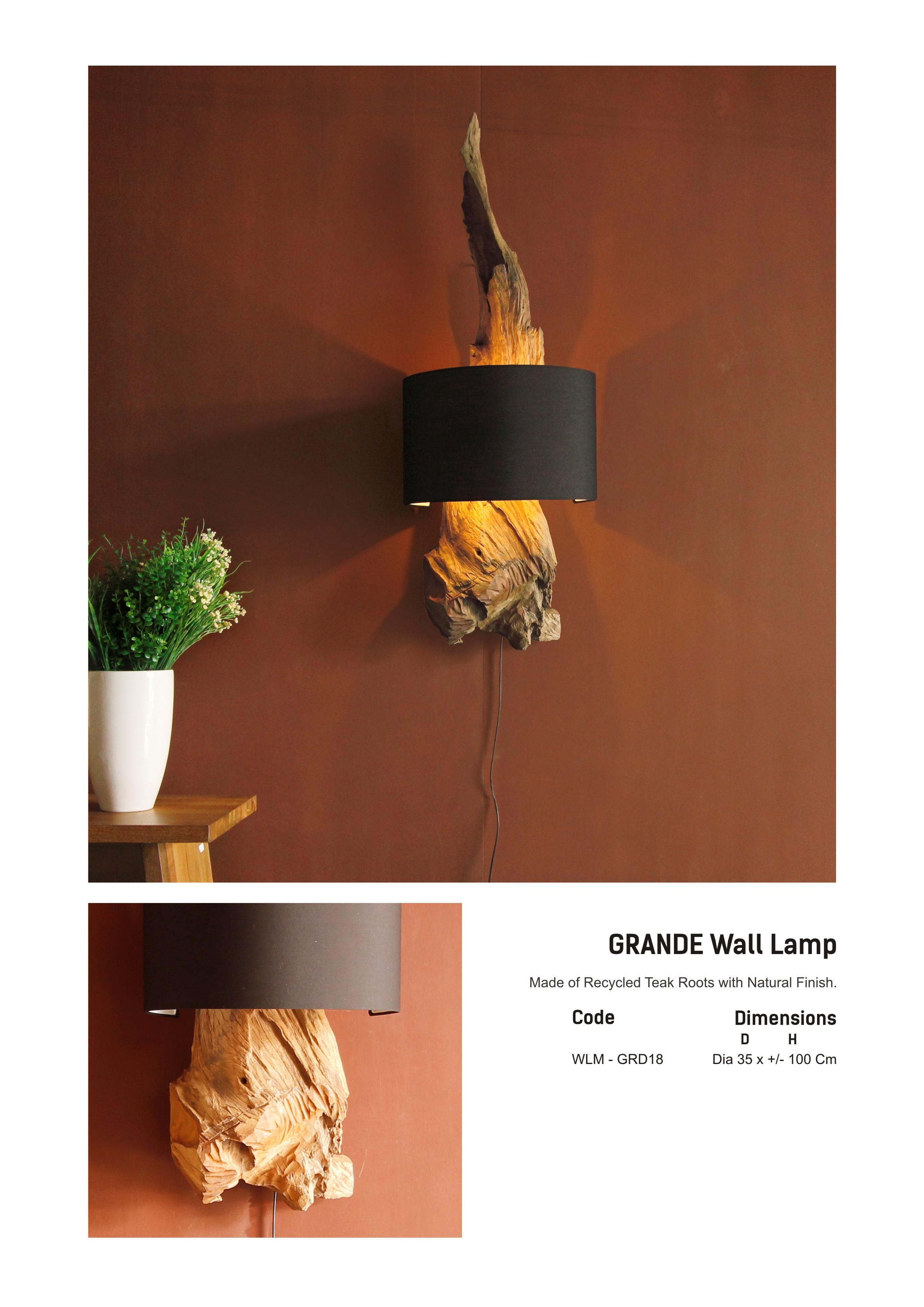18. GRANDE Wall Lamp
