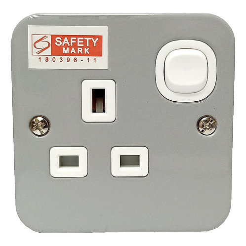 BRITZ 13A 1G Switch Socket Outlet Metal-Clad
