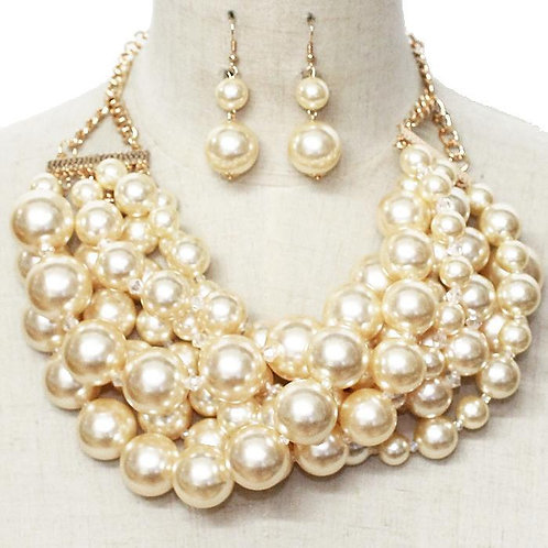 Pearl Gold Layered Necklace Set