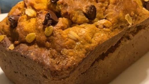 Nana Umpkin Chip Bread