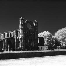 Elgin Cathedral.jpg