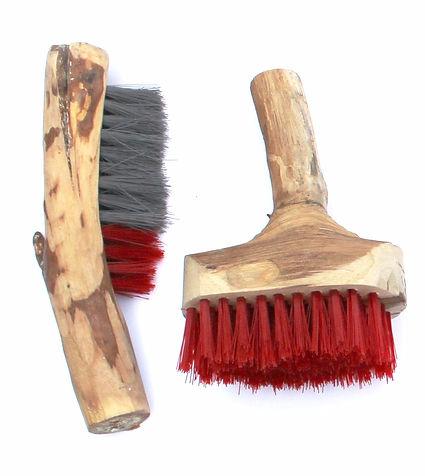 Aya Zehavi Wood Brush