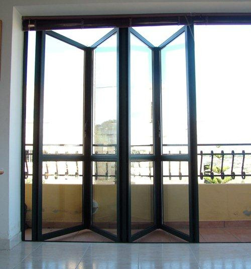 Folding Doors 1.jpg