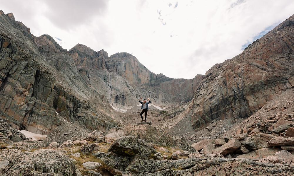 Girls who hike the Rockies