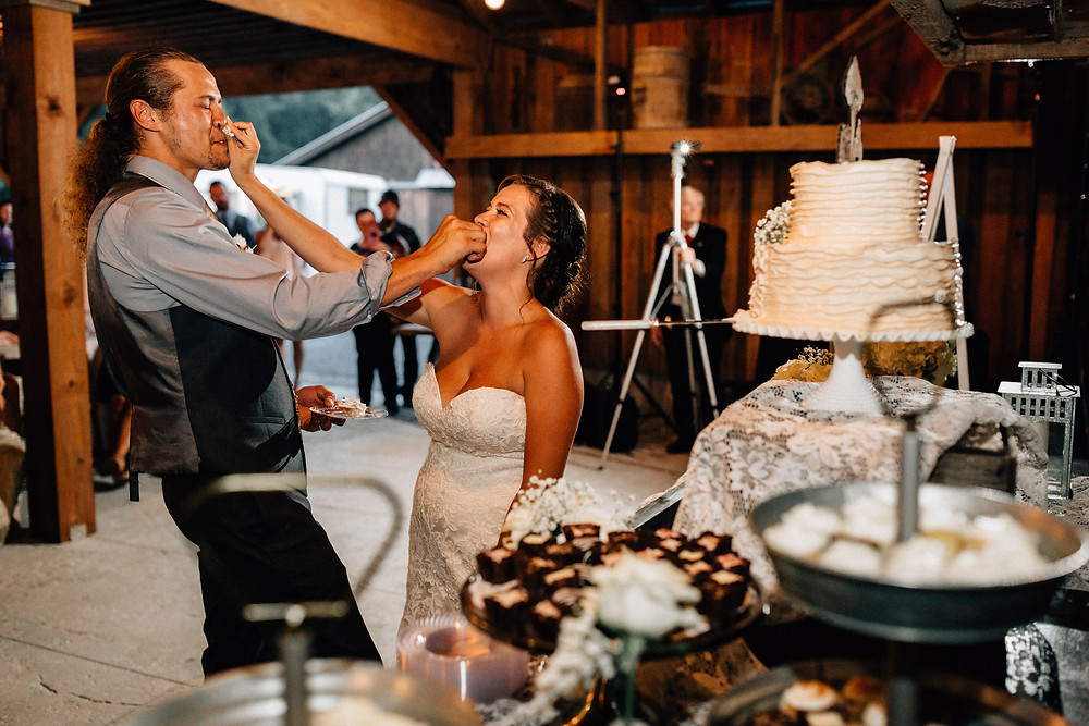 Cake face smash