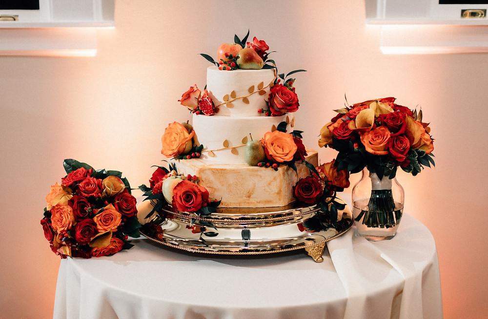 Pêche Petite wedding cakes