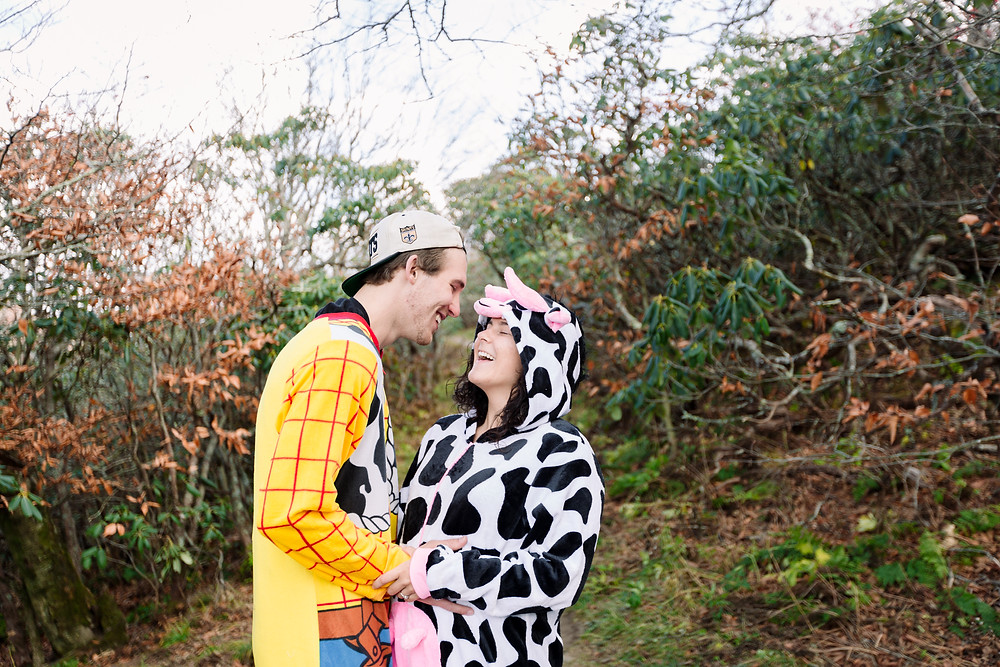 Halloween engagement pictures