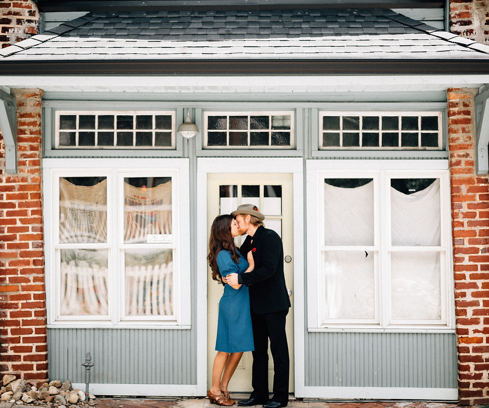 Cabbagetown engagement session