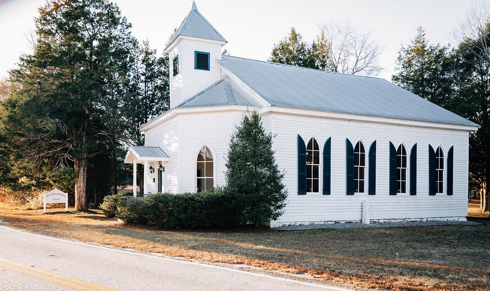 Cute wedding chapel Atlanta