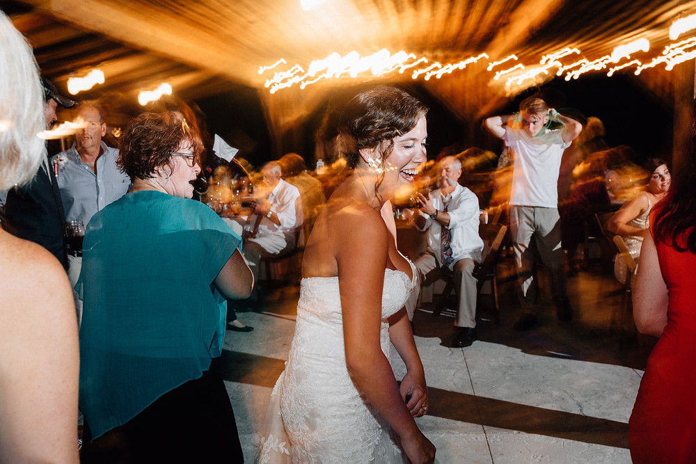 Long exposure bulb wedding