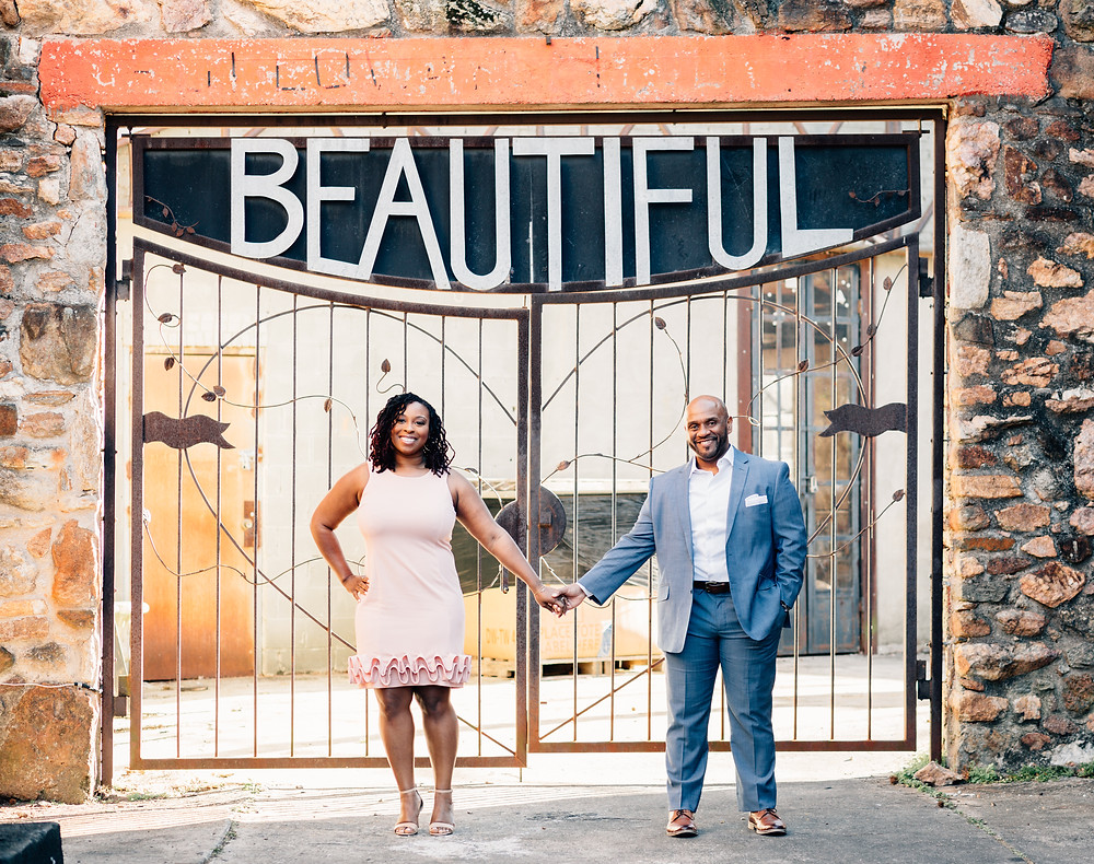 Engagement pictures in downtown Decatur