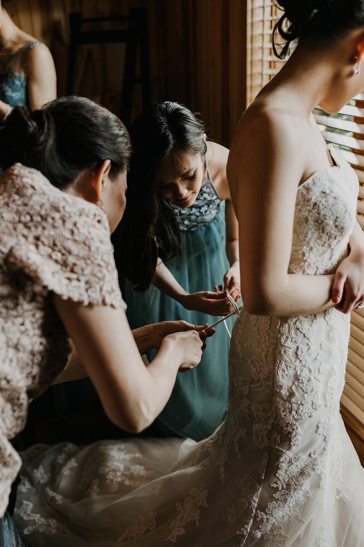 lacing up brides dress