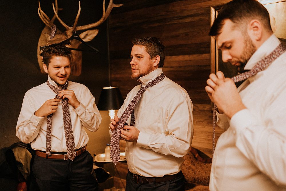 groom and groomsmen tie