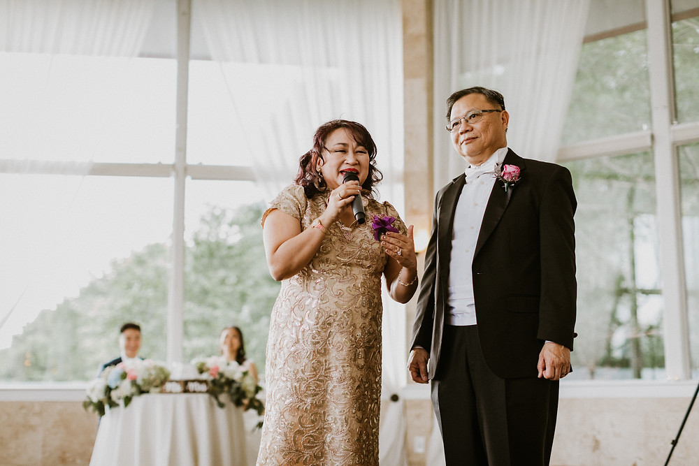 parents of bride gives speech