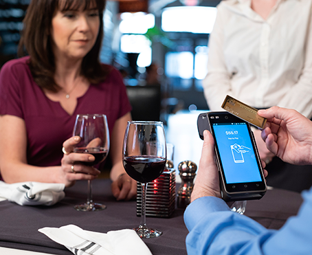 5 Reasons to Use Pay-at-the-Table Technology in Your Restaurant