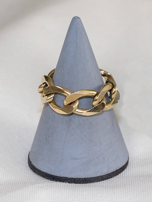 Curb Link 9-Carat Gold Chain Ring