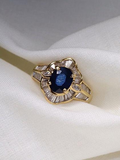 Sapphire and diamond vintage ballerina r
