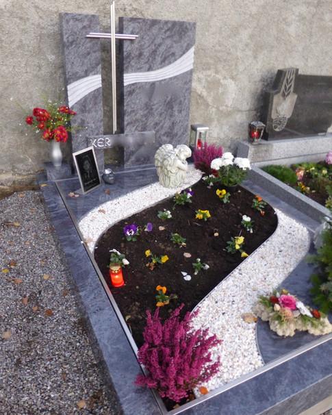 Granit Grabsteine Grabgestaltung Edelstahl Design 3 04.11.2013 006