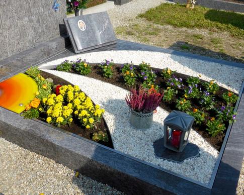 Granit Grabsteine Grabgestaltung Edelstahl Design 1