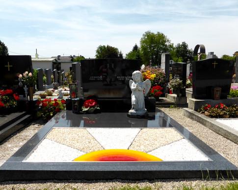 Granit Grabsteine Grabgestaltung Edelstahl Design 10 Anfang Juli 2013 005