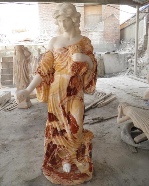 Engel Marmor Statuen Figuren Mittlböck Natursteine Material Weißer Marmor und Pink Marmor