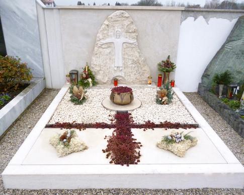 Granit Grabsteine Grabgestaltung Edelstahl Design 41 Dez. 2012 007