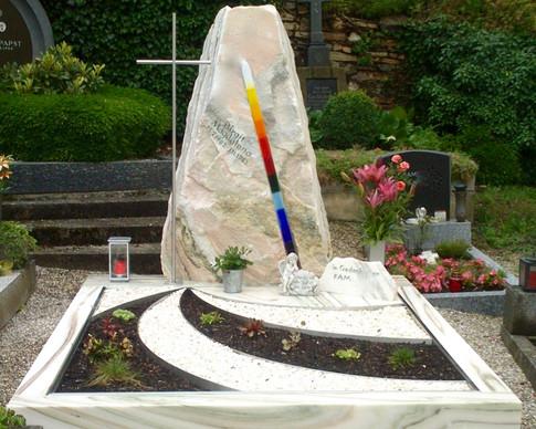 Granit Grabsteine Grabgestaltung Edelstahl Design 15 Juli 2013 Ende Juli 019