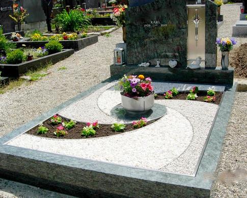 Granit Grabsteine Grabgestaltung Edelstahl Design 26 Dscn5556