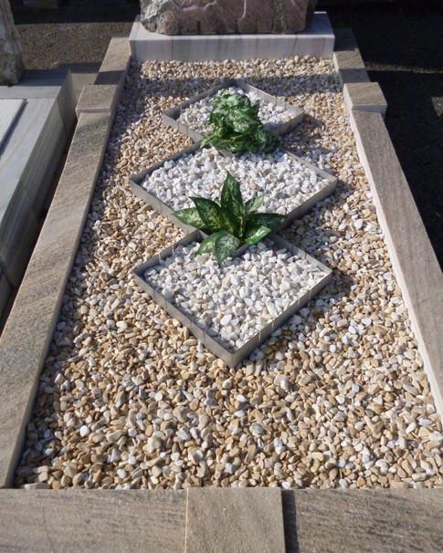 Granit Grabsteine Grabgestaltung Edelstahl Design 51 März2012 058