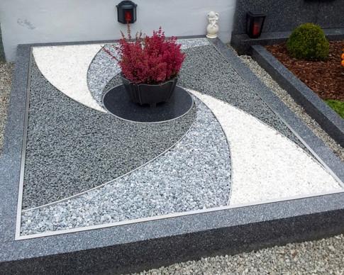 Granit Grabsteine Grabgestaltung Edelstahl Design 34 Kopie von 20120922_104331