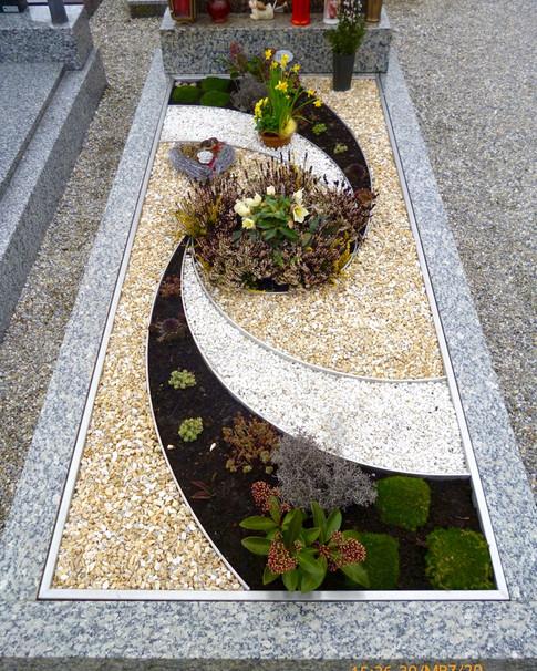 Granit Grabsteine Grabgestaltung Edelstahl Design 32 März2013 139