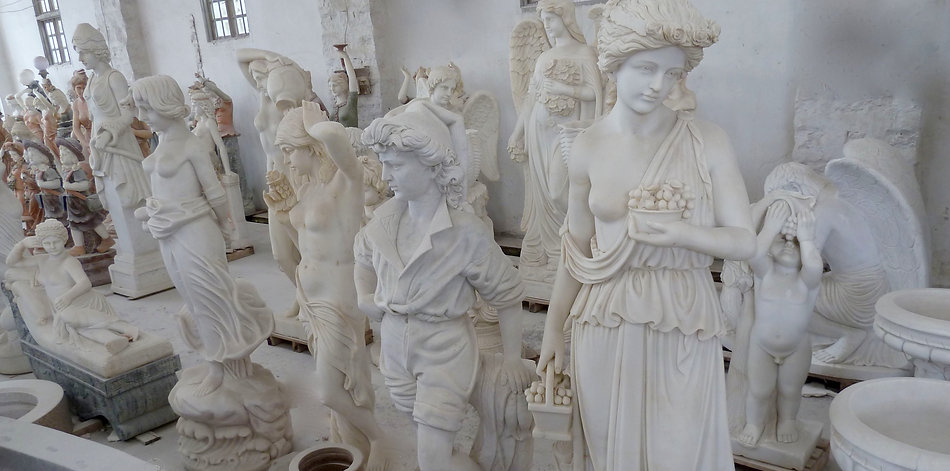 Engel Statuen aus weißem Marmor