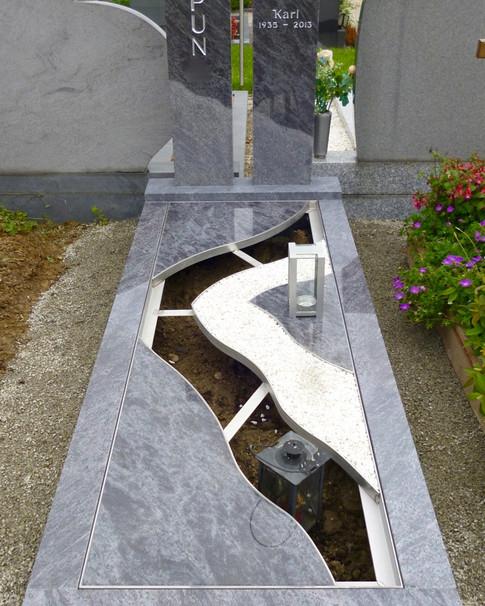 Granit Grabsteine Grabgestaltung Edelstahl Design 18 April2013 029