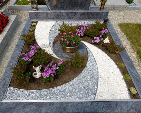 Granit Grabsteine Grabgestaltung Edelstahl Design 8 9.8.2013 01 003