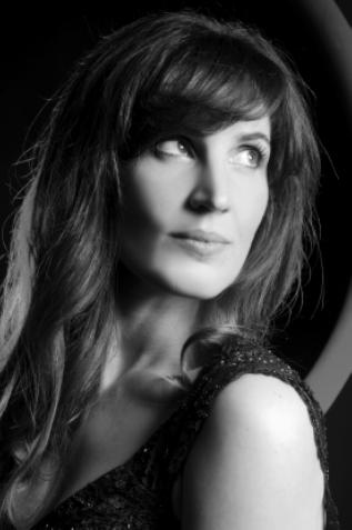 Vanessa Heine.png