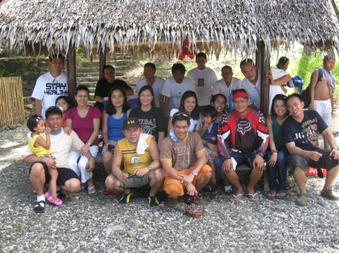 Mga+taga+bundok+at+mga+naggagandahang+asawa!+smile!