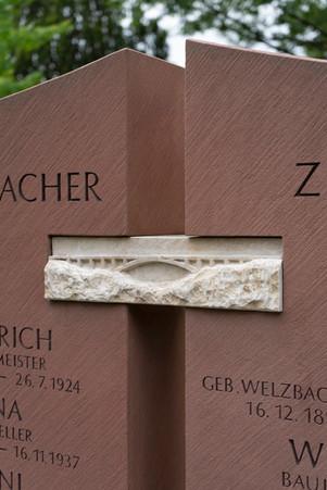 21Grabmal-Grabstein-Steinmetz-Aschaffenb