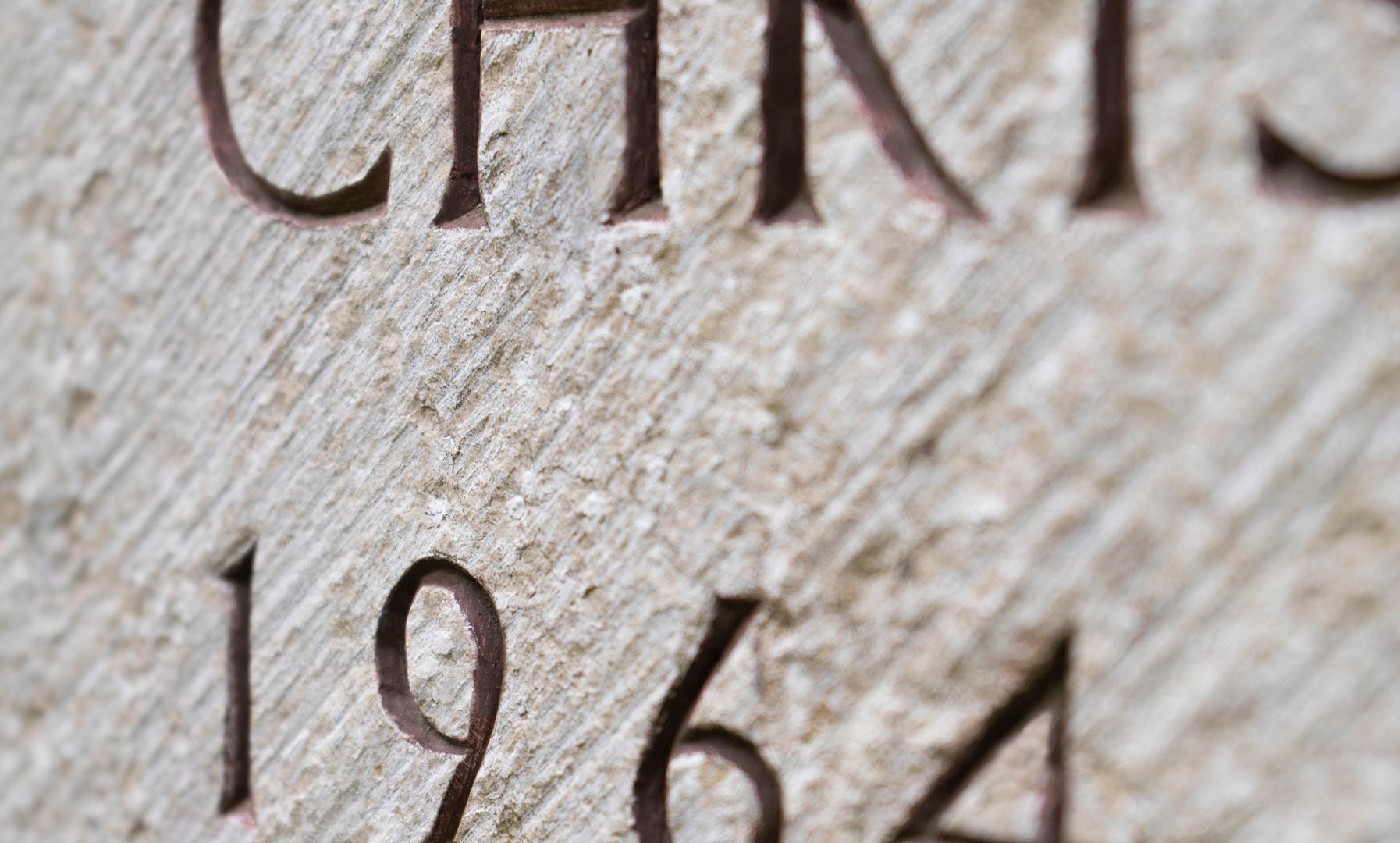 Grabmal-Grabstein-Inschrift-Steinmetz-As