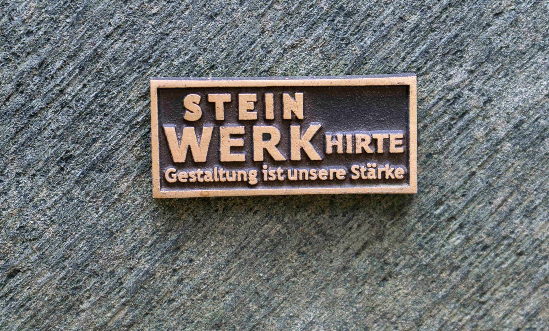 10-Urnengrab-Urnenstein-Steinmetz-Aschaf