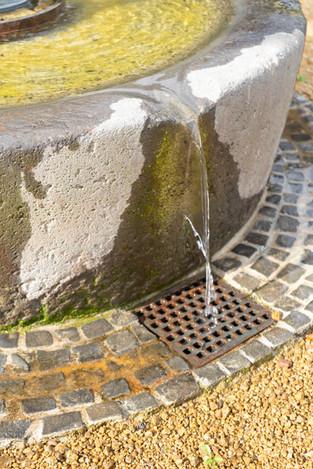 09-Brunnen-Naturstein-Steinmetz-Aschaffe