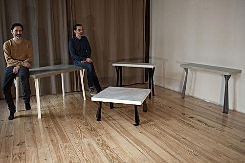 LYON mobilier vintage et industriel Table de cuisine style Industriel en bois, béton et pieds en métal laqués epoxy RAL