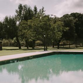 piscina aperitivo.jpg