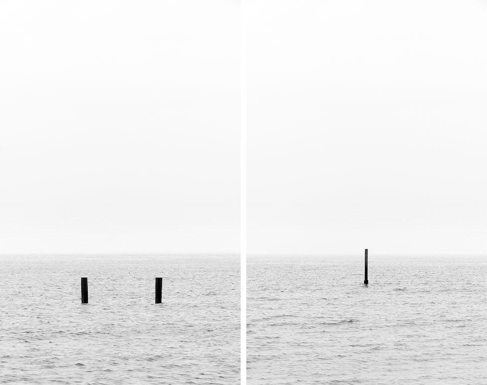 Minimalistic beachposts