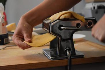מכינים פסטה