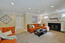 820 Colleen Dr San Jose CA-large-034-17-Family Room-1500x1000-72dpi