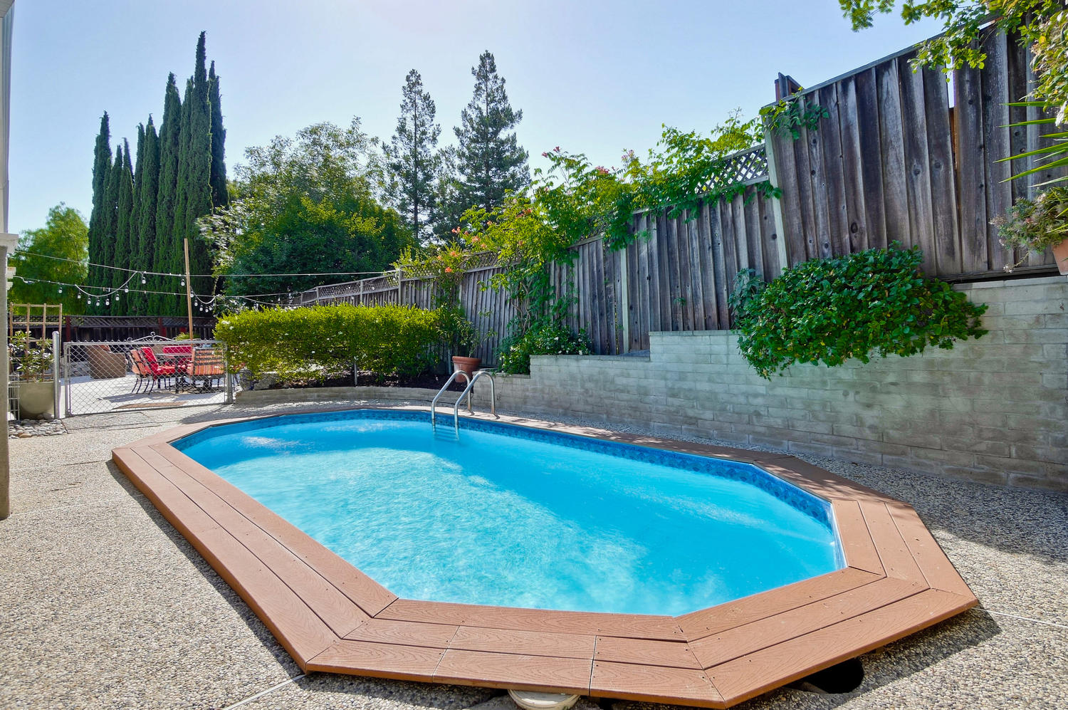 820 Colleen Dr San Jose CA-large-064-9-Entertainers Backyard-1500x997-72dpi