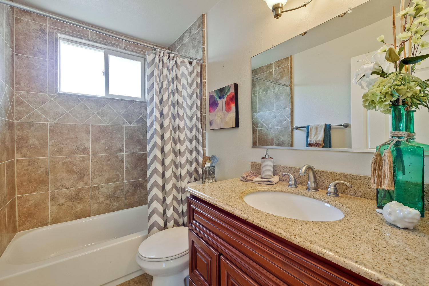 820 Colleen Dr San Jose CA-large-045-53-Upstairs Bathroom-1500x1000-72dpi