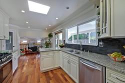 820 Colleen Dr San Jose CA-large-029-55-Kitchen-1500x1000-72dpi