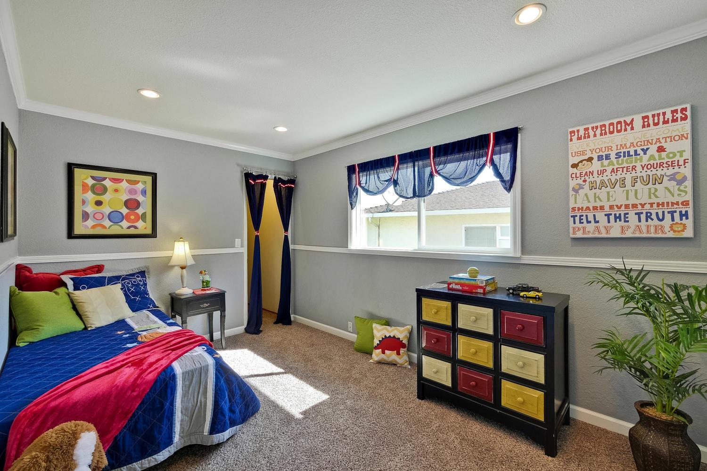 820 Colleen Dr San Jose CA-large-047-70-Bedroom-1500x1000-72dpi